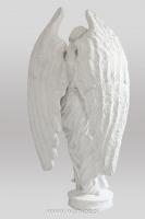 Anioł z krzyżem-angel-nagrobny-kamień-biały-wisnios-4