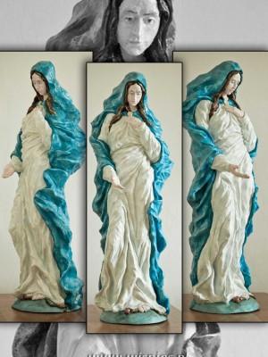 Maryja-Niepokalana-rzeźba
